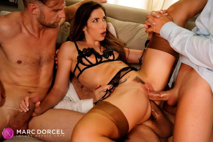 [Marc Dorcel XXX videos] Clea Gaultier [3 Males For Clea] [SD]