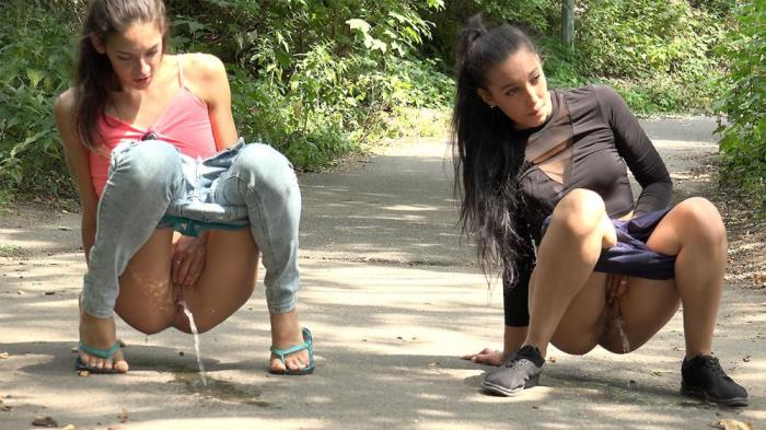 [Got2pee - Peeing outdoors and in public caught on camera] Miky Love, Esperansa [Merging Streams Jul 27, 2018] [FullHD]