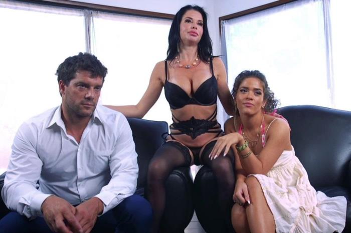 [INTENSE BDSM FAMILY ROLE PLAY] Veronica Avluv And Victoria Voxxx [Hardcore] [HD]
