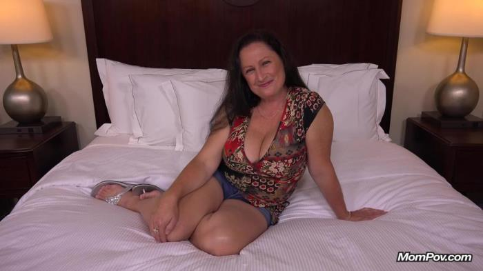[Mom Pov Video] Ruth [40 year old thick busty MILF] [FullHD]