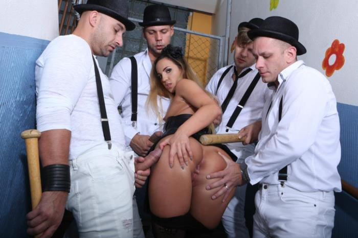 Kristy Black [Kristy Black gets in touch with the Clockwork Gang, what the fuck is going on? GIO850] [HD] Legal Porno
